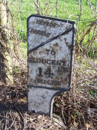 Weston-under-Penyard (Weston Parish) mile marker - 14 miles to Gloucester
