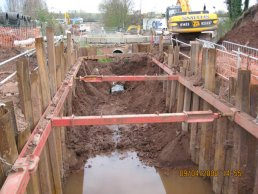 The final part of the old culvert (09-04-08)