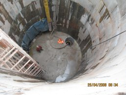 The completed bottom of the falling shaft (25-04-08)