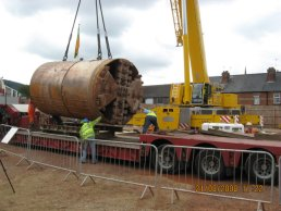The tunnelling machine on the lorry (21-08-08)