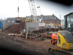 Work continues on the falling shaft (19-02-08)