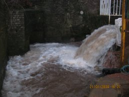 The high water at the sluice (21-01-08)