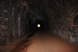 Inside Ballingham Tunnel looking north (09-04-12)
