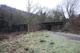 The west side of the Welsh Bicknor Bridge (03-01-2011)