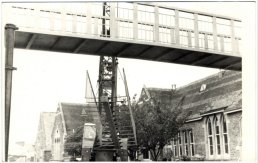 The bridge and crane on Cantilupe Road