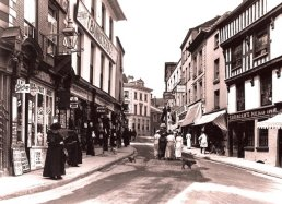 The High Street Ross-on-Wye in 1915