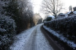 Lower ridge road, Linton, in the snow