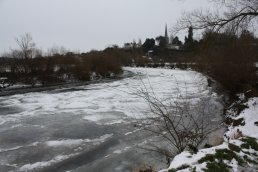 Ice on the River Wye looking back towards Ross