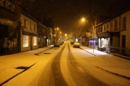 Gloucester Road in the snow III