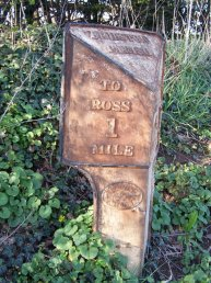 Wilton (Bridstow Parish) mile marker - 1 mile to Ross