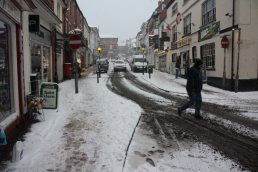 Snow at the bottom of Broad Street