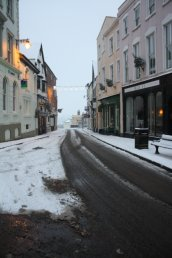 Snow at the top of High Street